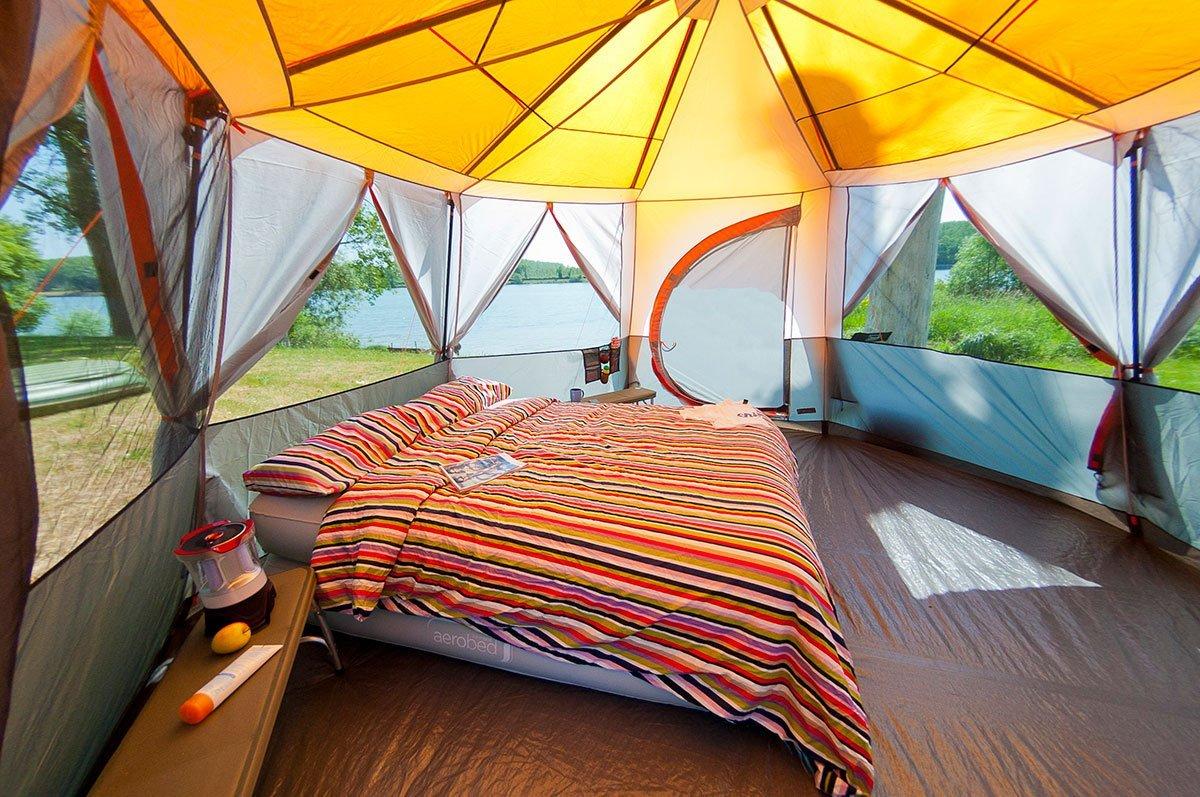 grande tente de camping mod les avantages et avis sportoza. Black Bedroom Furniture Sets. Home Design Ideas
